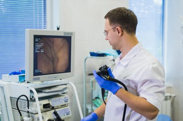 medical equipment monitored by a technician